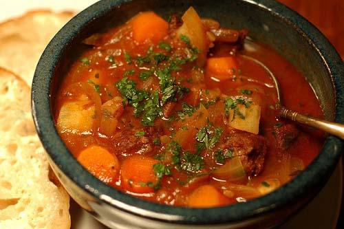 Thịt bò mỹ nhà cung cấp thịt bò: Cách chế biến món bò kho thơm ngon đúng điệu